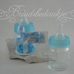 baby fles blauw